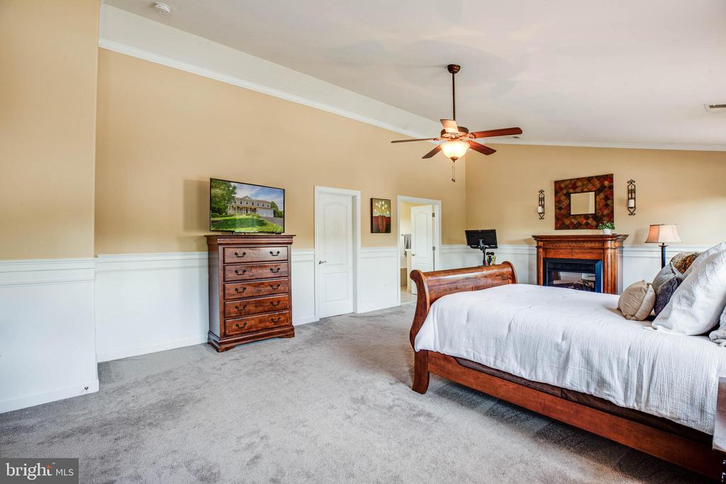 Master bedroom new rugs installed  in 2018 - 3 MOUNT ARARAT LN, STAFFORD