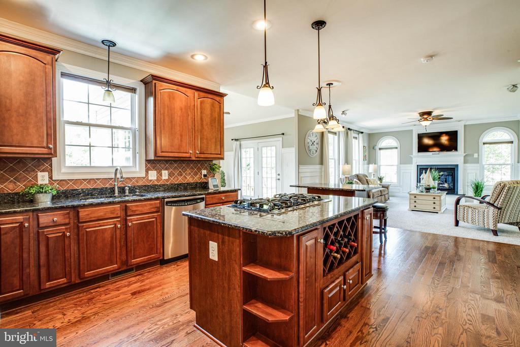 Beautifully  refinished hardwood floors 2017 - 3 MOUNT ARARAT LN, STAFFORD