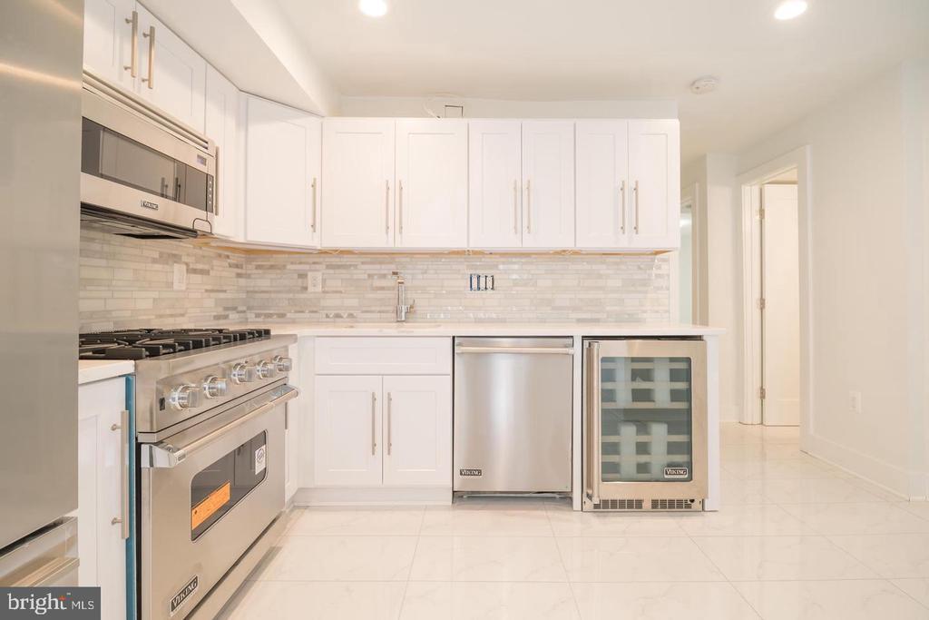 Basement Unit Kitchen - 1640 19TH ST NW, WASHINGTON