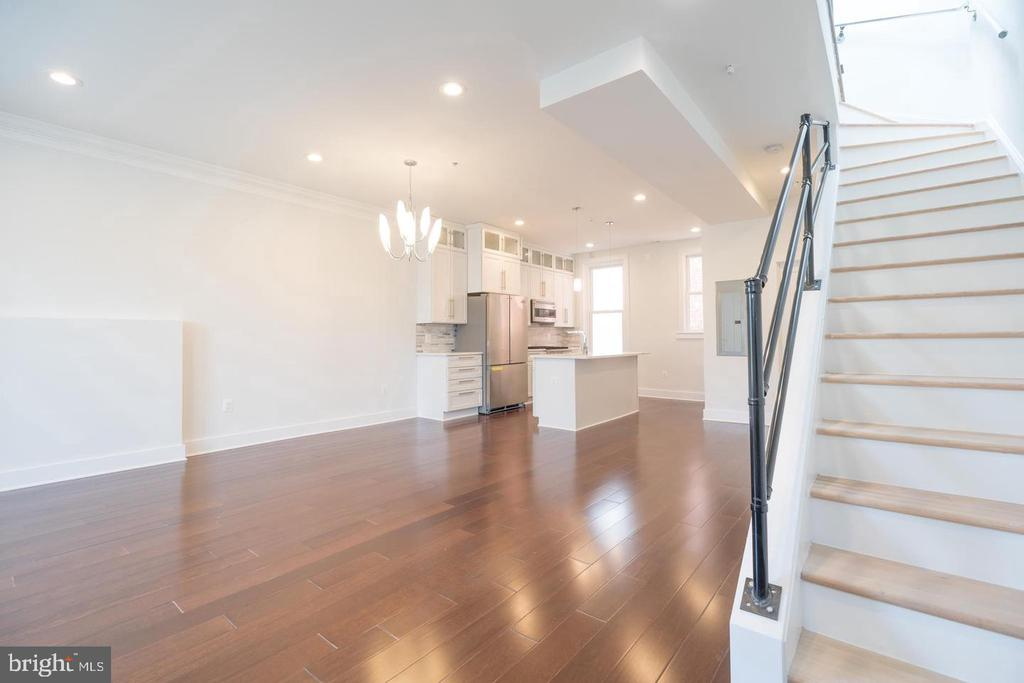 Penthouse Unit Living/Dining - 1640 19TH ST NW, WASHINGTON