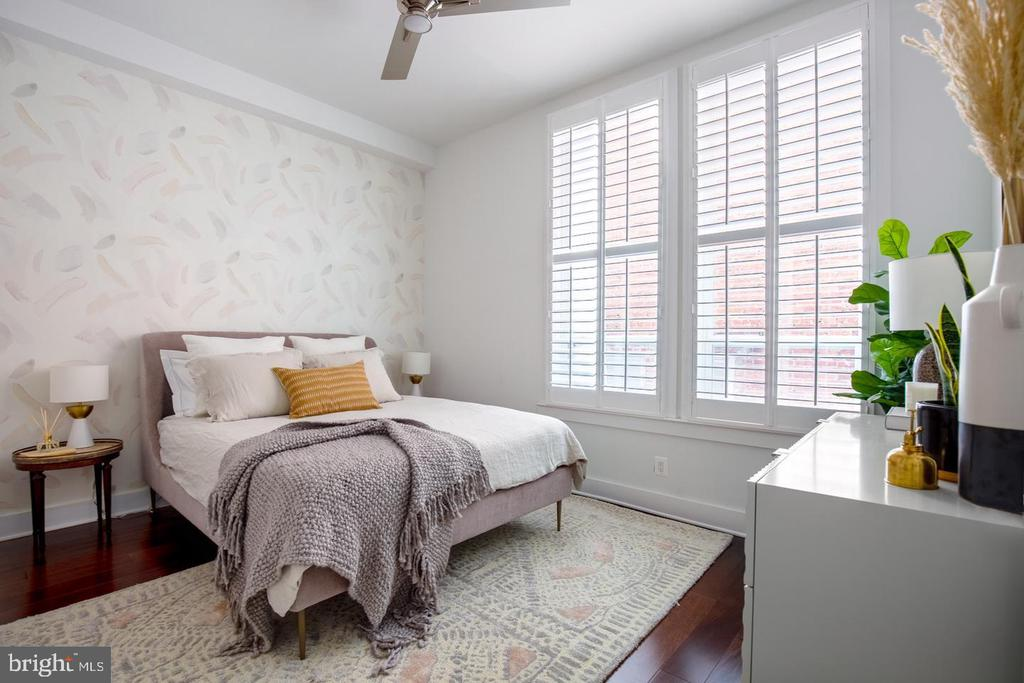 Staged picture of main level bedroom - 1640 19TH ST NW, WASHINGTON