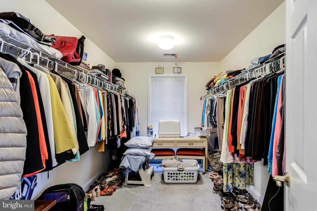 Owner's Walk In Closet - 2112 CHAUCER WAY, WOODSTOCK