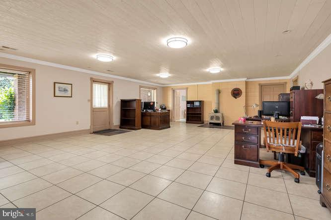 Lower level with separate walkout entrance - 23158 CANNON RIDGE LN, MIDDLEBURG