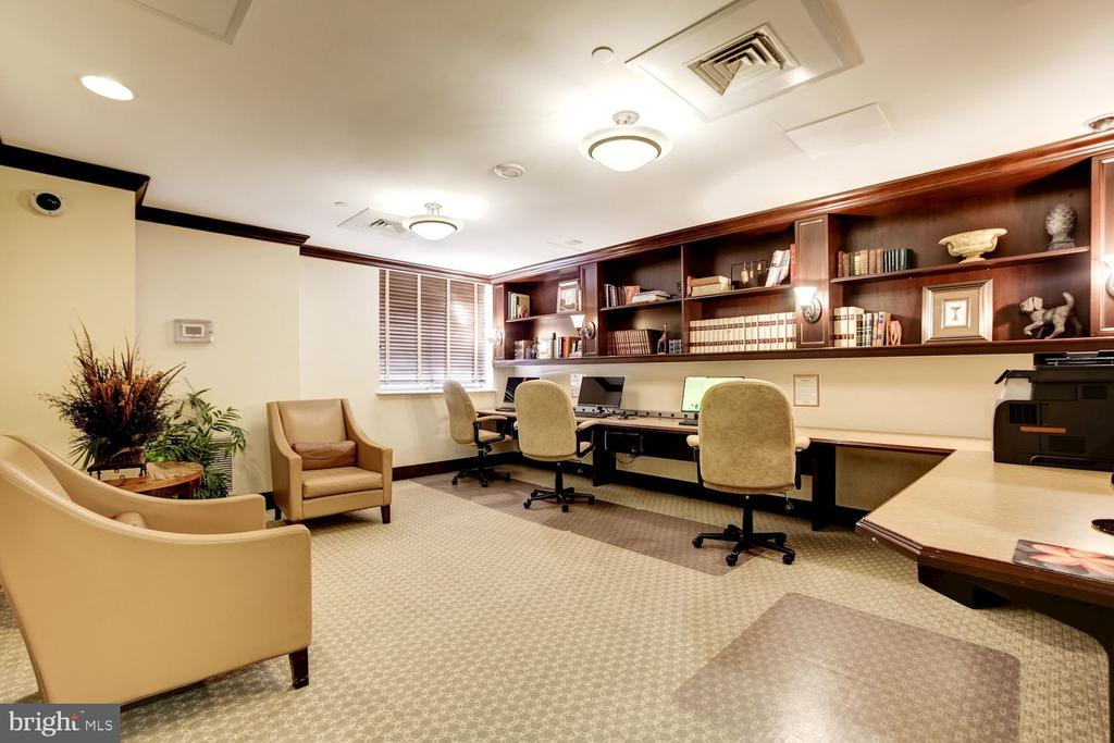 Business center. - 2230 GEORGE C MARSHALL DR #827, FALLS CHURCH