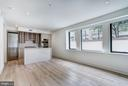 Expansive use of windows allowing natural light - 801 N NW #T-04, WASHINGTON