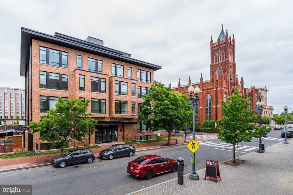 28 residences at 801N, your new oasis. - 801 N NW #202, WASHINGTON