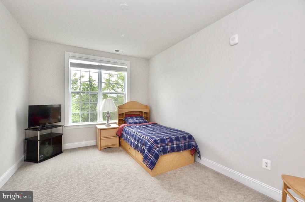 Bedroom #2 - 21025 ROCKY KNOLL SQ #203, ASHBURN