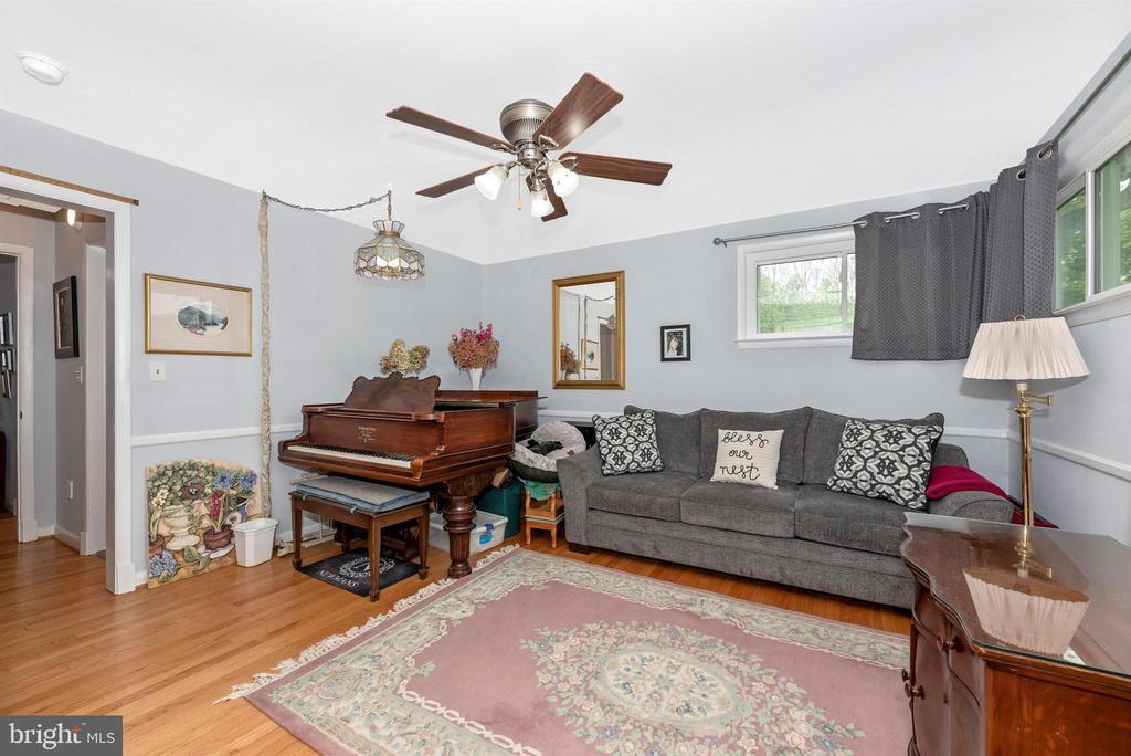 Main Level Bedroom 1 - 3001 GILLIS FALLS RD, MOUNT AIRY