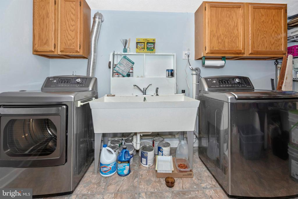 Laundry Room with Newer Washer/Dryer - 3001 GILLIS FALLS RD, MOUNT AIRY
