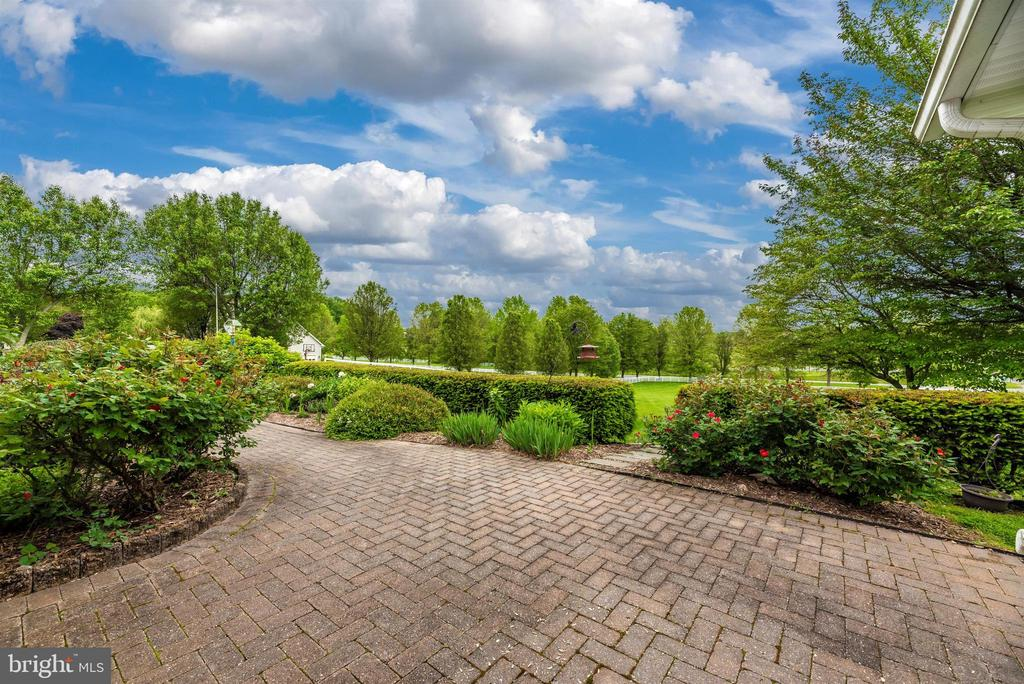 Lovely Views - 3001 GILLIS FALLS RD, MOUNT AIRY