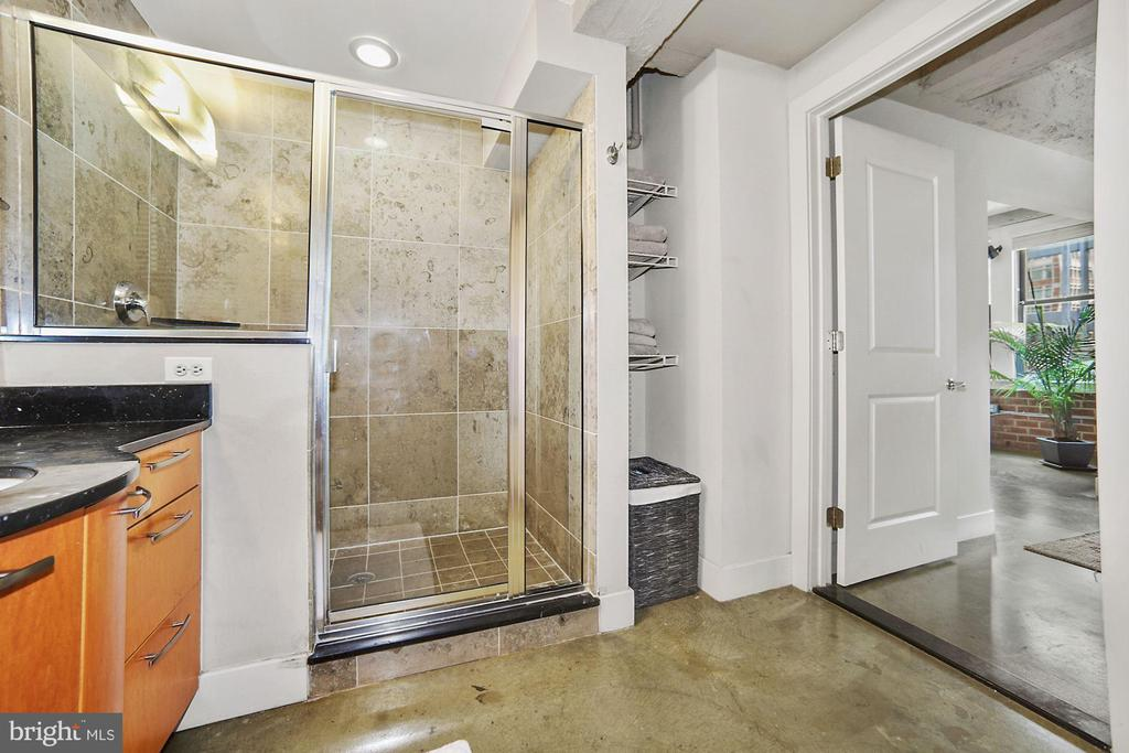 Large bath with glass shower - 916 G ST NW #401, WASHINGTON