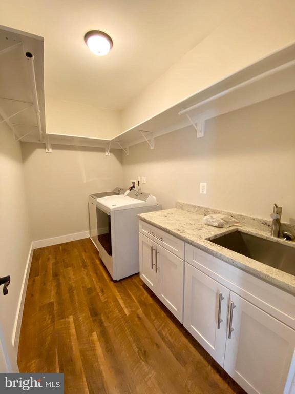 upper level laundry room - 7627 LISLE AVE, FALLS CHURCH