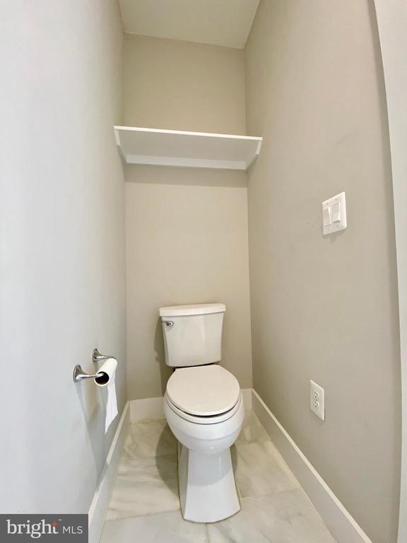 master bathroom toilet room - 7627 LISLE AVE, FALLS CHURCH