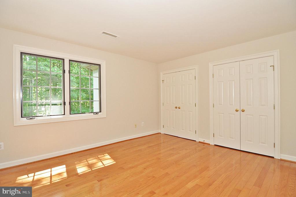 Bedroom 3 - upper level - 2993 WESTHURST LN, OAKTON