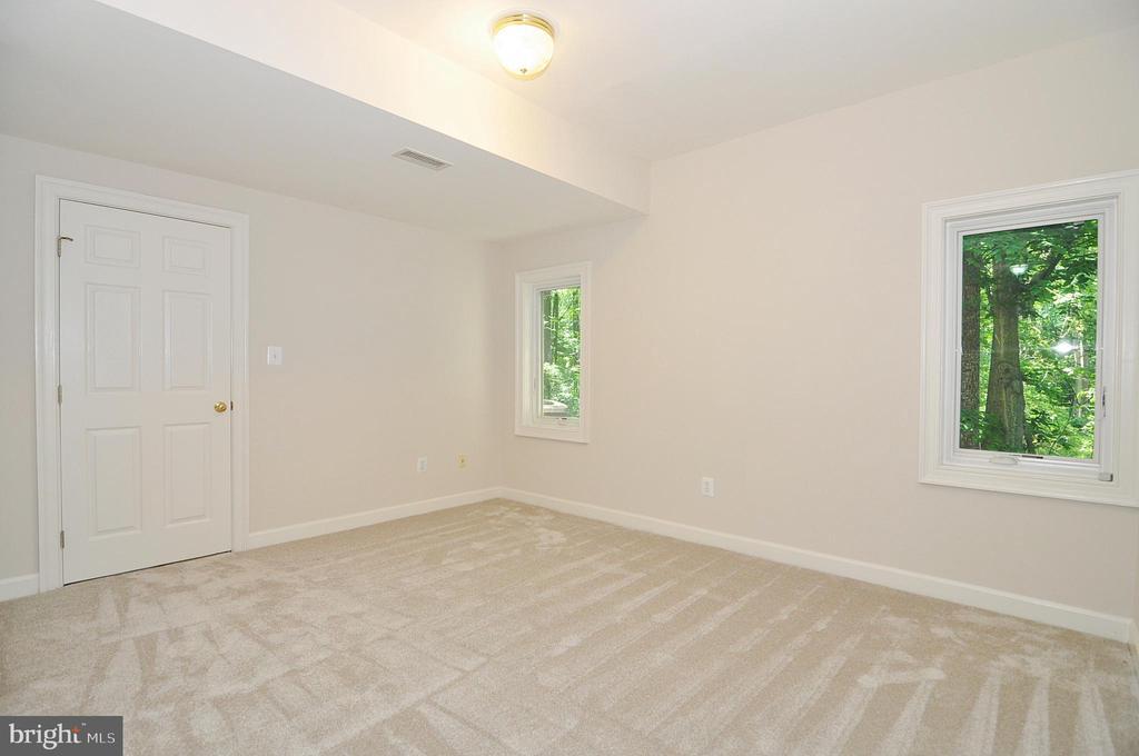 Bedroom 7 - lower level - 2993 WESTHURST LN, OAKTON