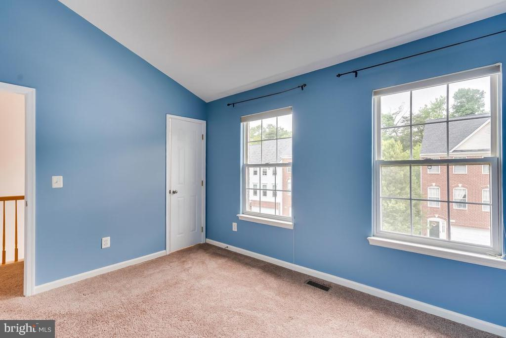2nd Bedroom   Plenty of Light! - 5266 BALLYCASTLE CIR, ALEXANDRIA