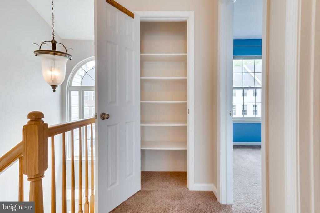 Linen Closet in Upper Level Hallway - 5266 BALLYCASTLE CIR, ALEXANDRIA
