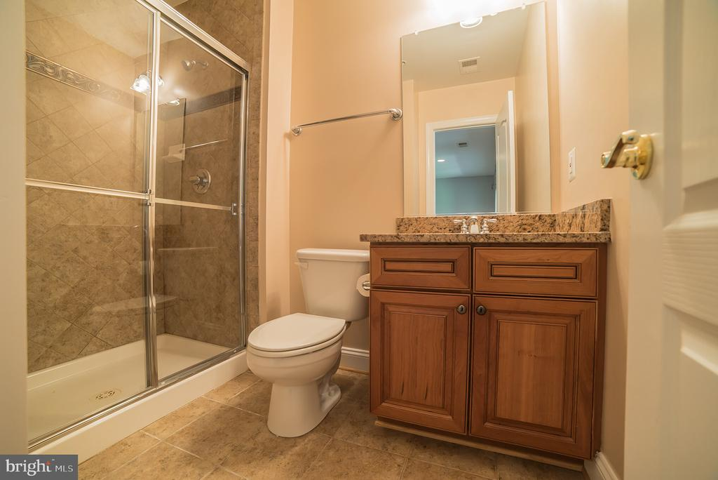 Lower Level Full Bath - 214 ZINFANDEL LN, ANNAPOLIS