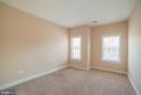 Lower level office/exercise room/guest area - 214 ZINFANDEL LN, ANNAPOLIS
