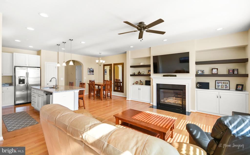 Upgrades all over including custom built ins - 3029 STONERS FORD WAY, FREDERICK