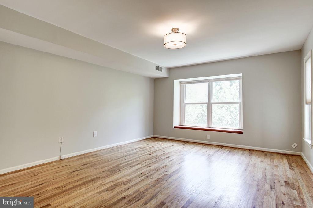 Master Suite - 3747 1/2 KANAWHA ST NW KANAWHA ST NW, WASHINGTON