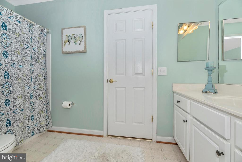 Lower level bathroom - 3656 BYRON CIR, FREDERICK