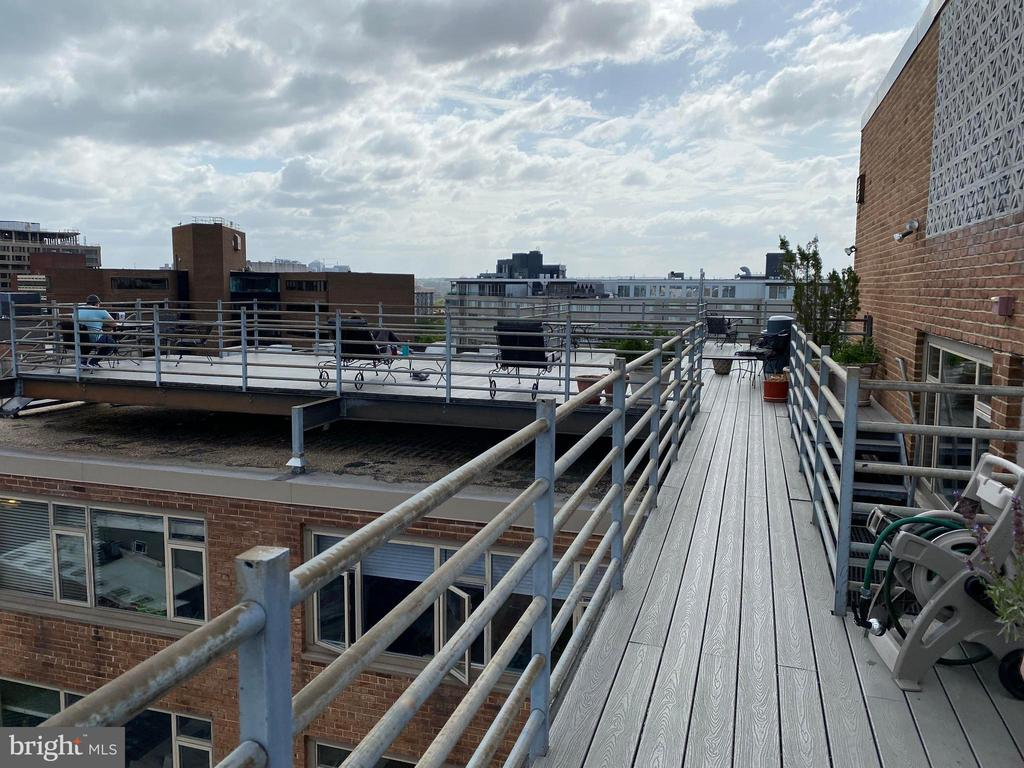 Common rooftop area - 1545 18TH ST NW #502, WASHINGTON