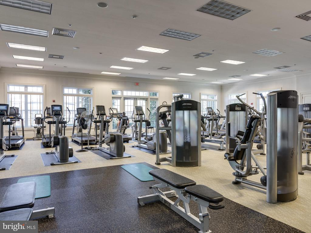 Exercise room in clubhouse - 20441 ISLAND WEST SQ, ASHBURN