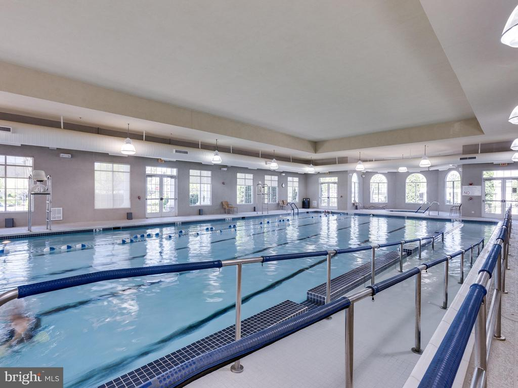 Indoor pool at clubhouse - 20441 ISLAND WEST SQ, ASHBURN