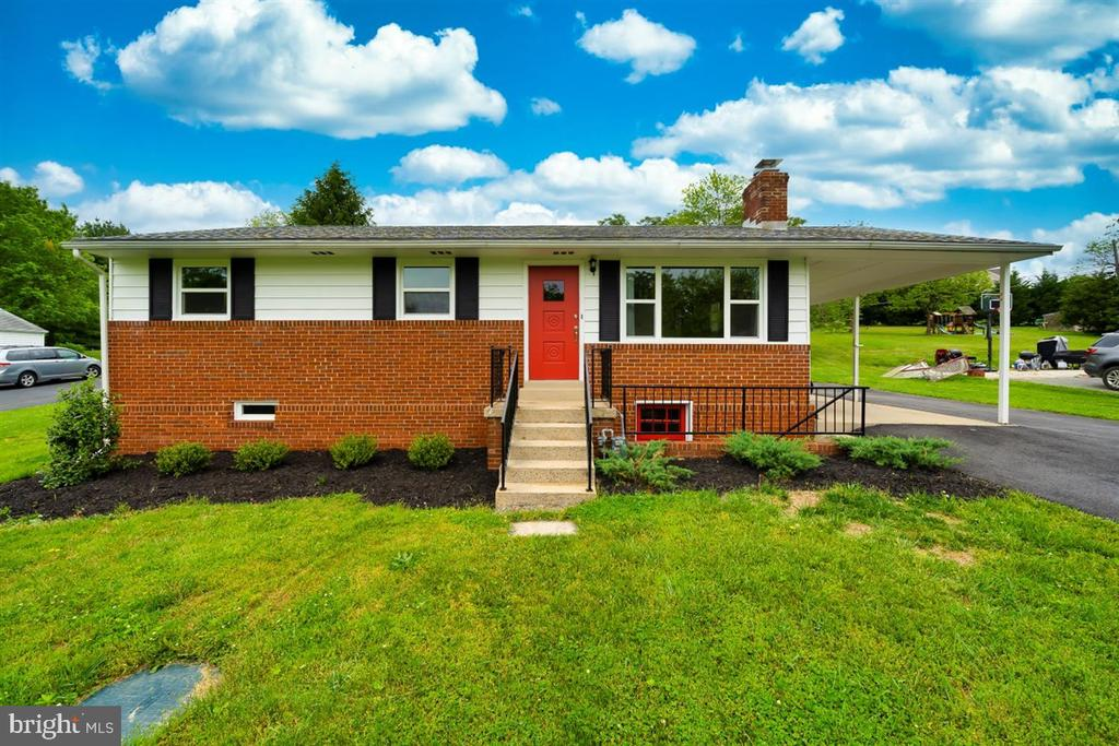 Welcome Home! - 5239 REELS MILL RD, FREDERICK