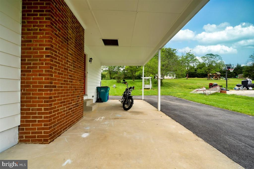 Extra parking next to carport. - 5239 REELS MILL RD, FREDERICK