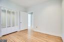 Bedroom 2 with mirrored closets - 116 S PITT ST, ALEXANDRIA