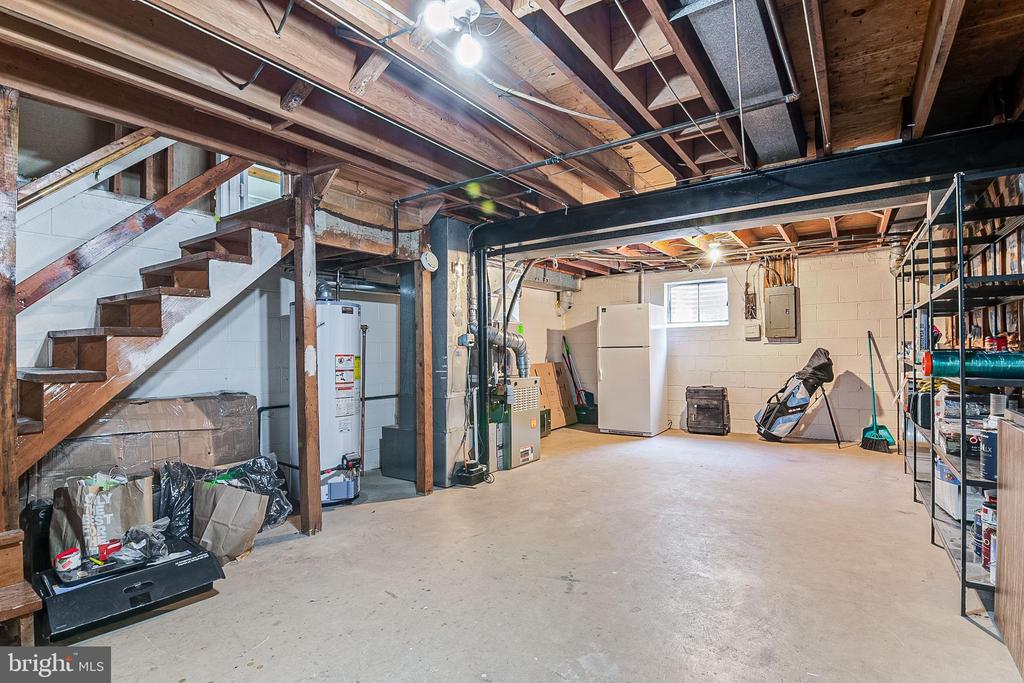 Unfinished basement - 19029 THRESHING PL, GAITHERSBURG