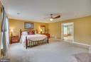 master suite - 147 SANFORD FERRY CT, FREDERICKSBURG