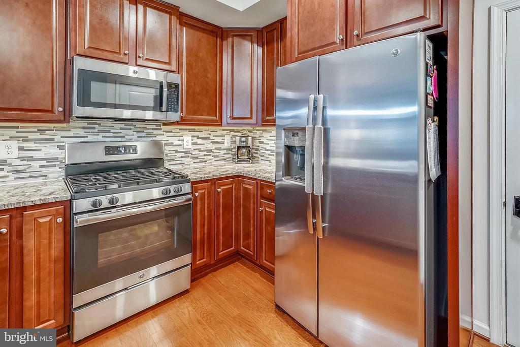 Kitchen - 6464 WALCOTT LN, FREDERICK
