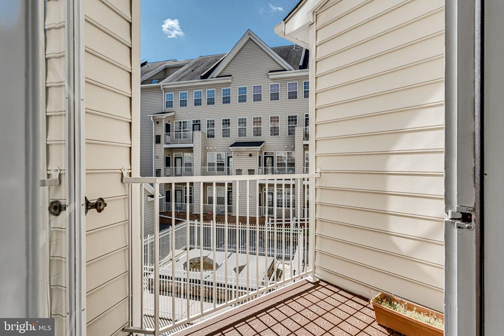 2st Floor Balcony off Master Bathroom - 2651 PARK TOWER DR #107, VIENNA