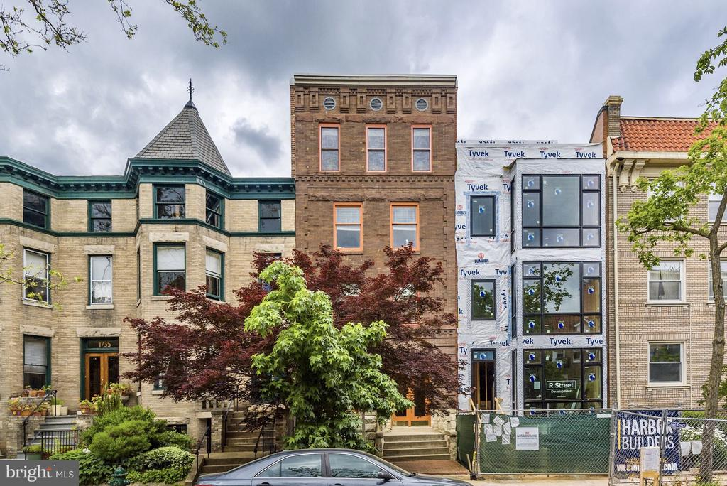 Perfect location between 17th & 18th on T St. - 1731 T ST NW #2, WASHINGTON