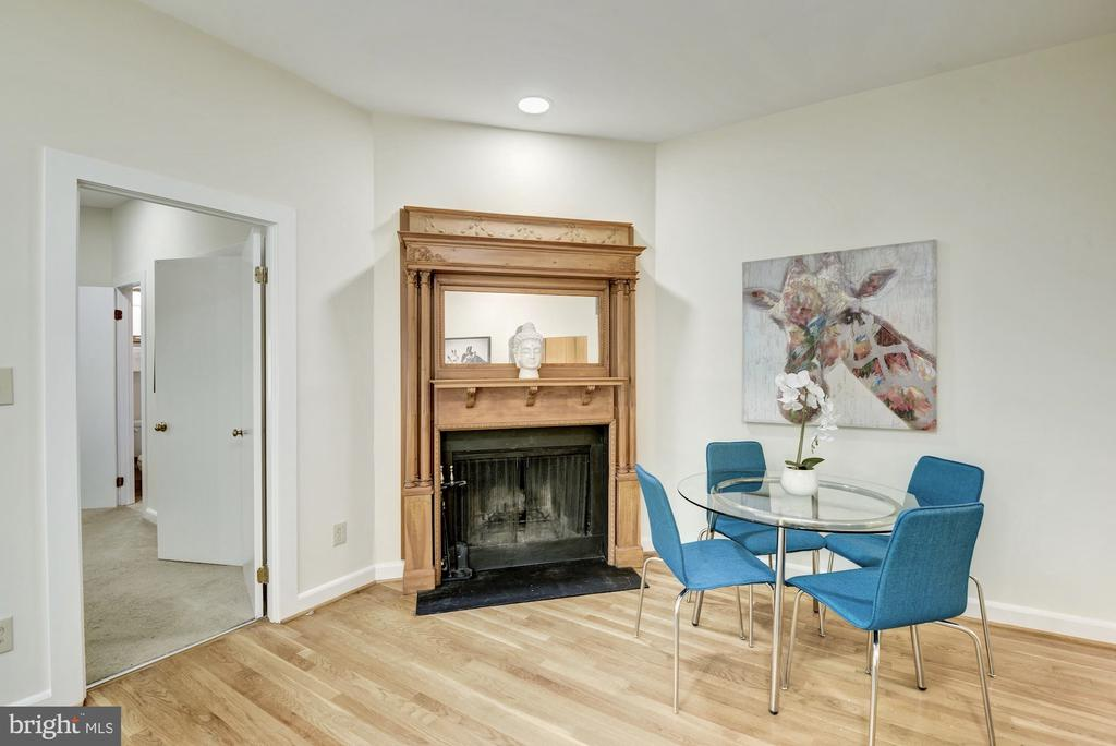 Wood-burning fireplace with original oak mantle - 1731 T ST NW #2, WASHINGTON