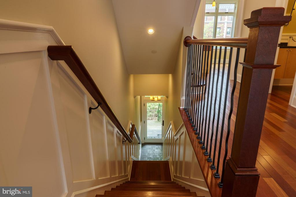 Entry Staircase with Recessed Panel Wainscot - 1324 FAIRMONT ST NW #B, WASHINGTON