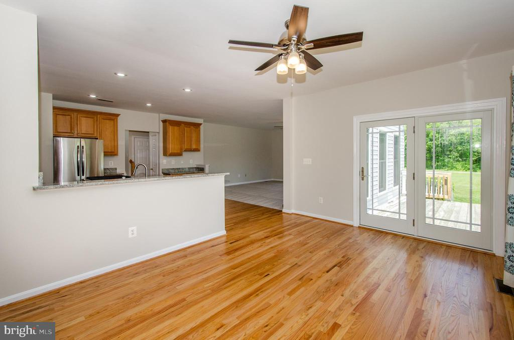 Morning Room with deck access - 13652 MOUNTAIN RD, HILLSBORO