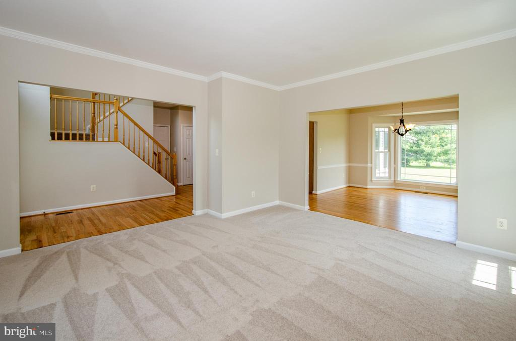 View from Living Room to Foyer and Dining Room - 13652 MOUNTAIN RD, HILLSBORO