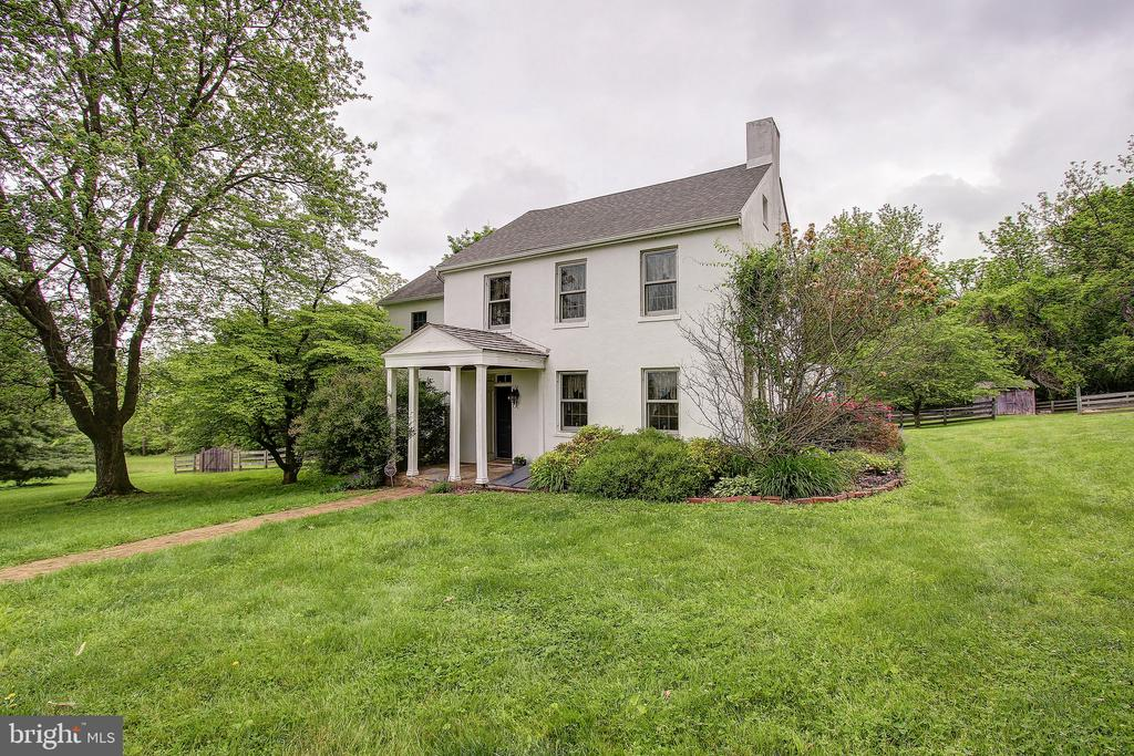 - 4514 DEER SPRING RD, MIDDLETOWN