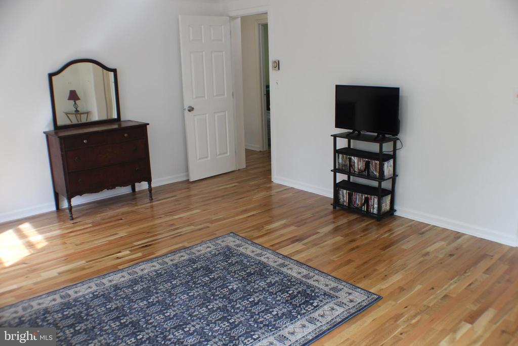 Master Bedroom - 7738 TALBOT RUN RD, MOUNT AIRY