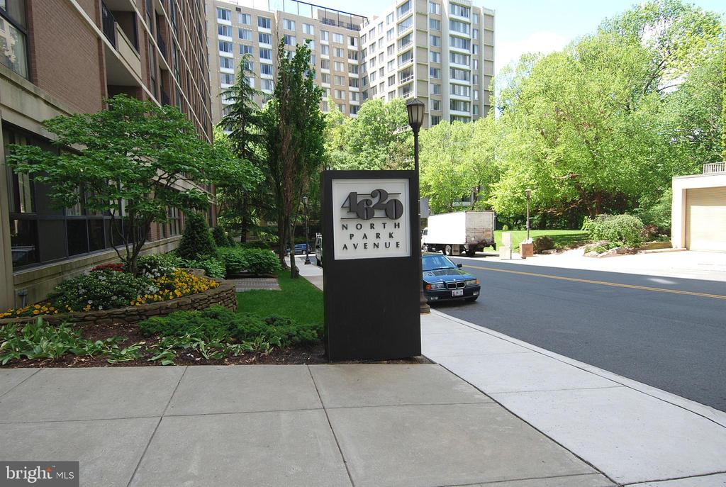 Front entrance (CURRENTLY BEING RENOVATED) - 4620 N PARK AVE #608W, CHEVY CHASE