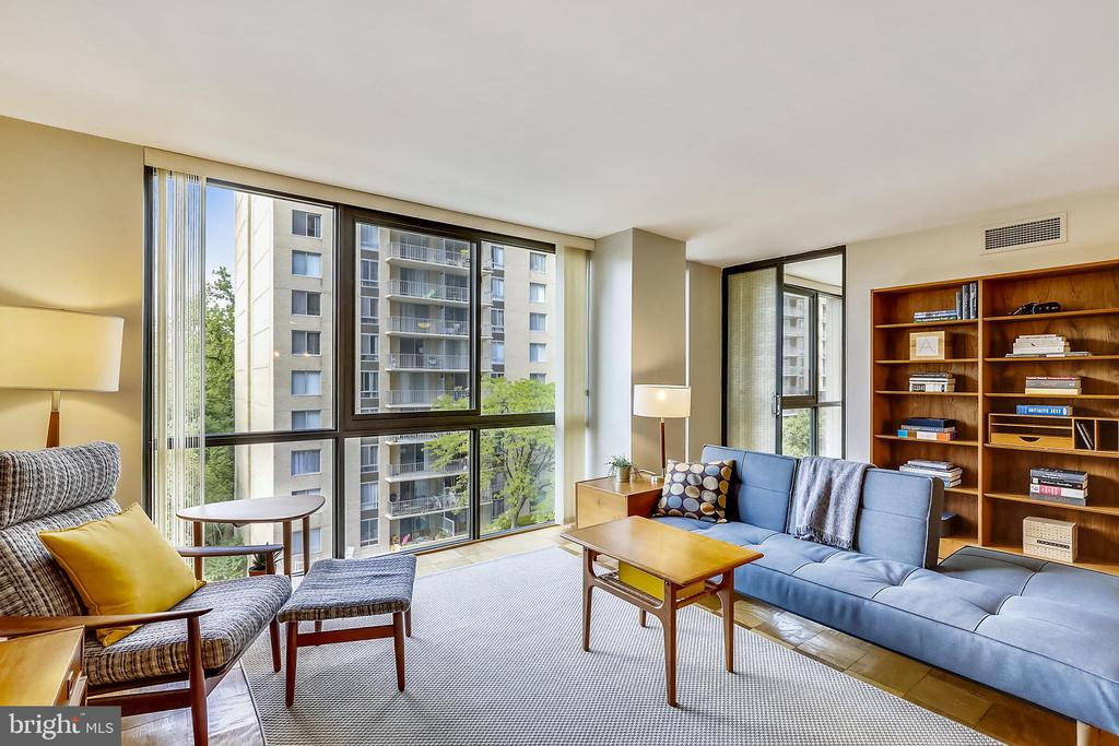 Floor-to-ceiling windows overlooking the park - 4620 N PARK AVE #608W, CHEVY CHASE