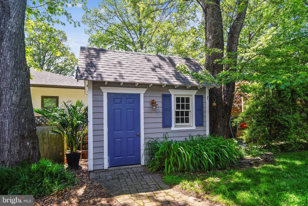 Pool house for storage - 1002 MOSS HAVEN CT, ANNAPOLIS