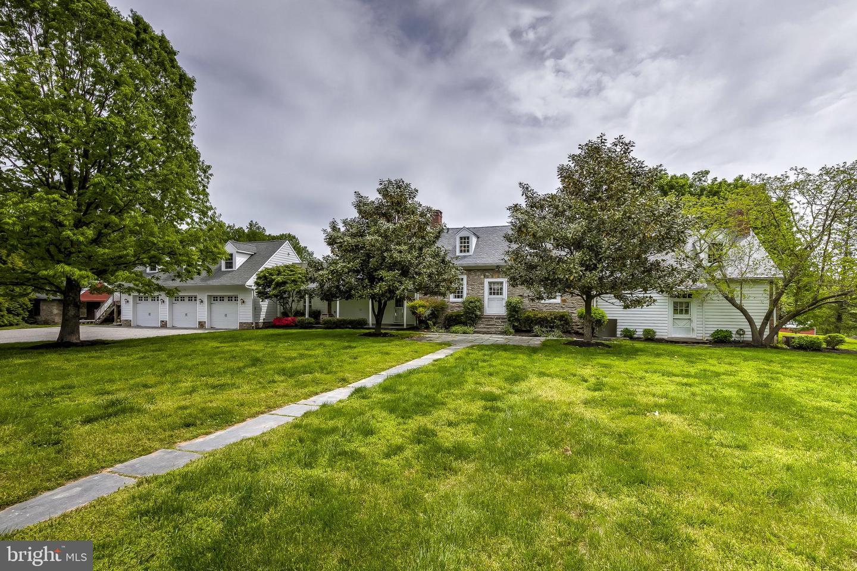 Single Family Homes para Venda às Bel Air, Maryland 21014 Estados Unidos