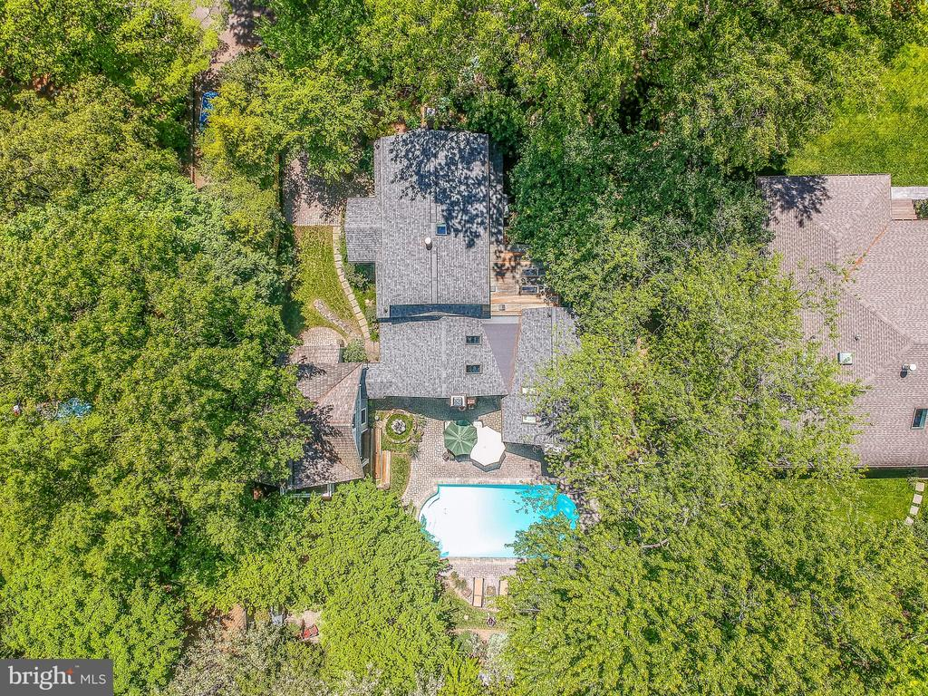 Aerial shot of the property - 1002 MOSS HAVEN CT, ANNAPOLIS