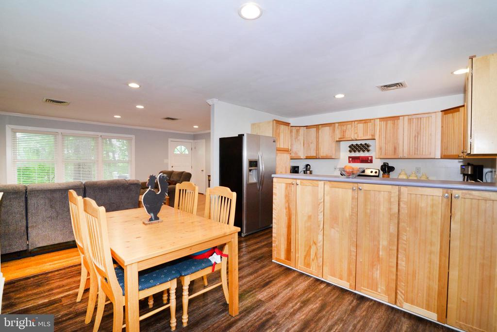 Beautiful new Luxury Vinyl Tile kitchen flooring - 234 PINE CREST LN, BLUEMONT