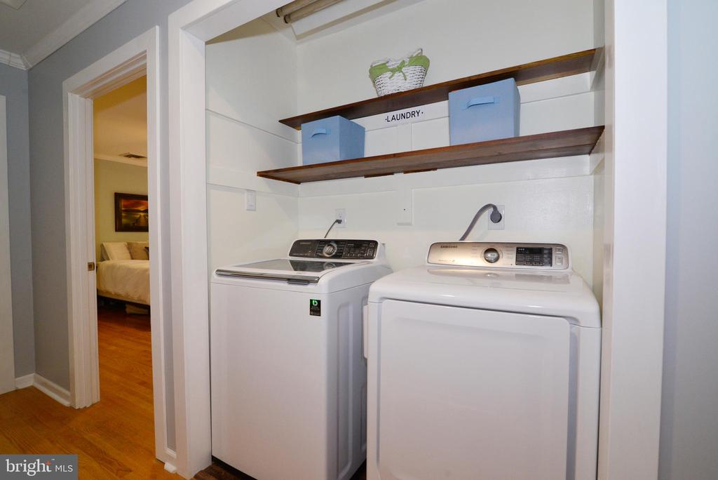 Main level laundry! - 234 PINE CREST LN, BLUEMONT